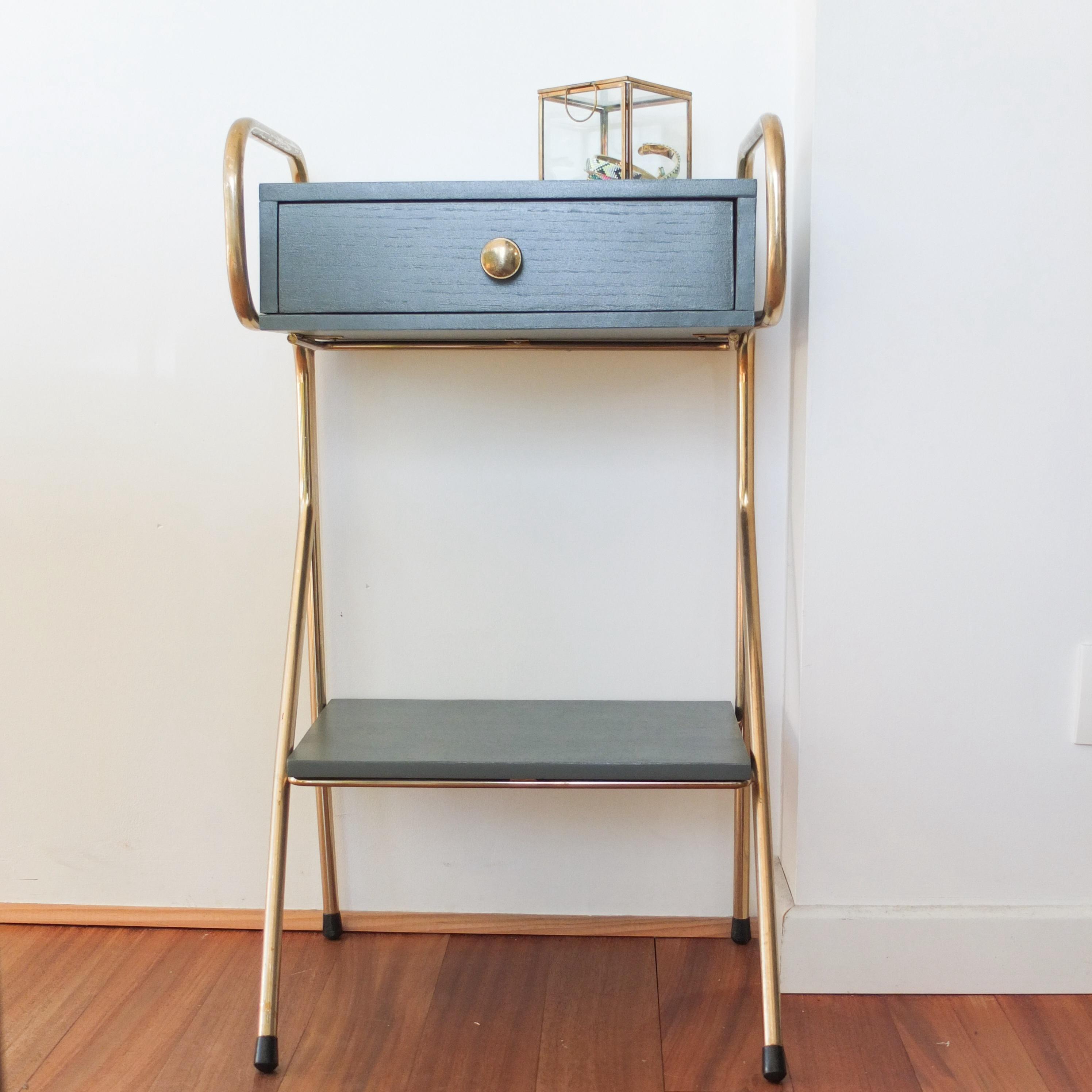 chevet ann es 50 jacques hitier laiton et down pipe vintage magic. Black Bedroom Furniture Sets. Home Design Ideas