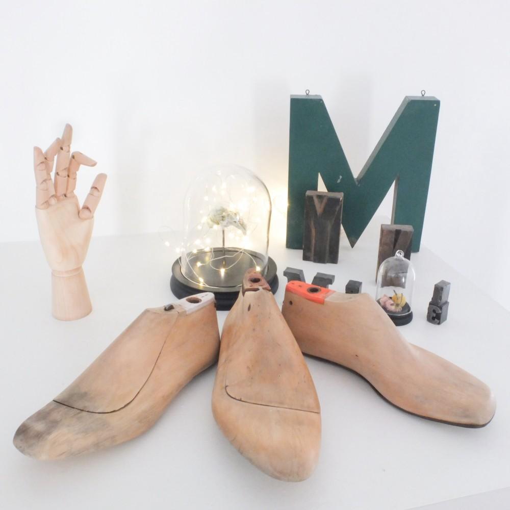 formes chaussures en bois vintage magic. Black Bedroom Furniture Sets. Home Design Ideas